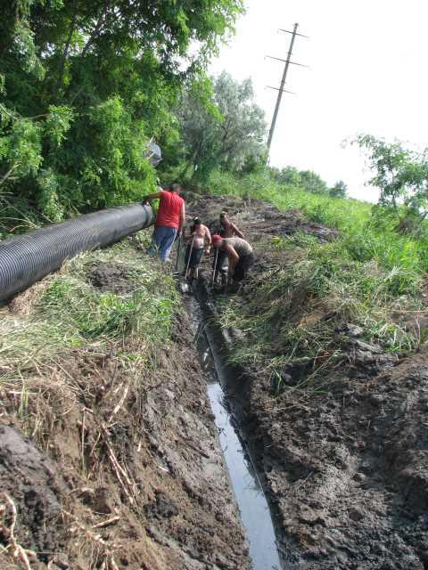 Аварійні ситуації на каналізаційній мережі Бердянського курорту усуваються з використанням труб КОРСИС